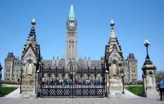 8 Excelentes Atracciones y Lugares Turisticos para Visitar en Canadá!!!