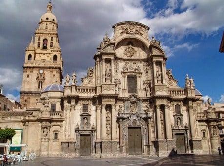 Visitar sitios turísticos en Murcia
